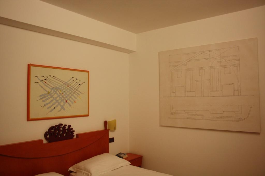 Art_Hotel_Gran_Paradiso_2011_Gianni_Pettena_1.jpg
