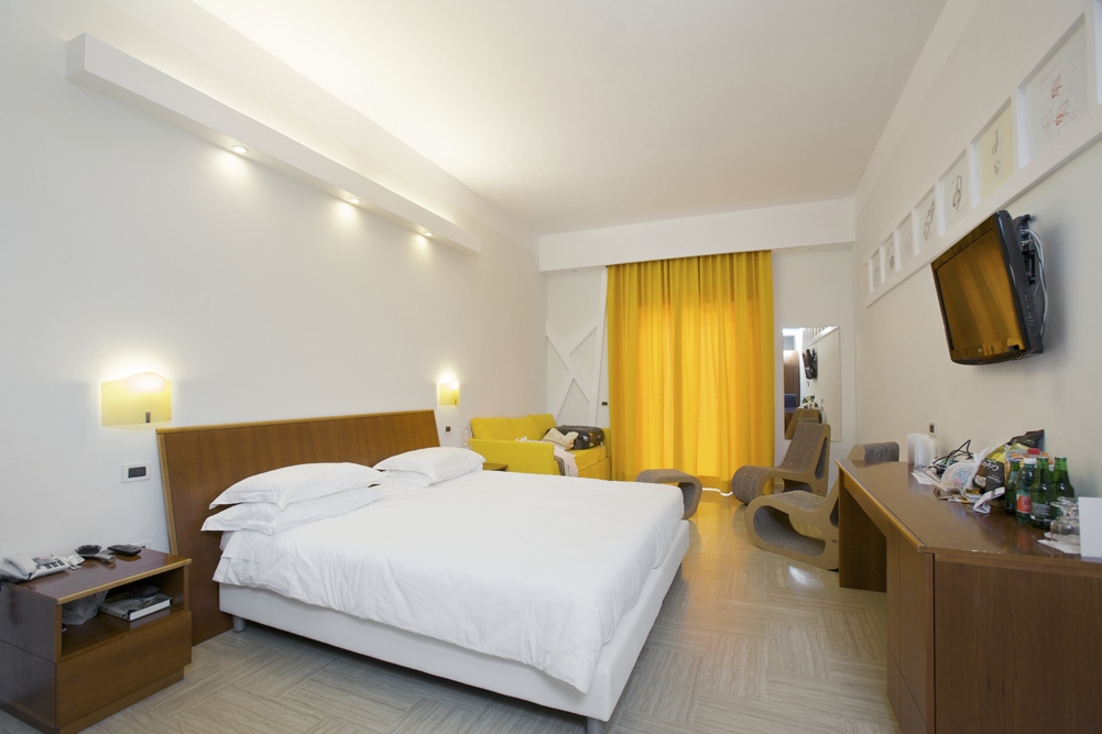 Art_Hotel_Gran_Paradiso_2012_126_Mario_Pagliaro_2.jpg