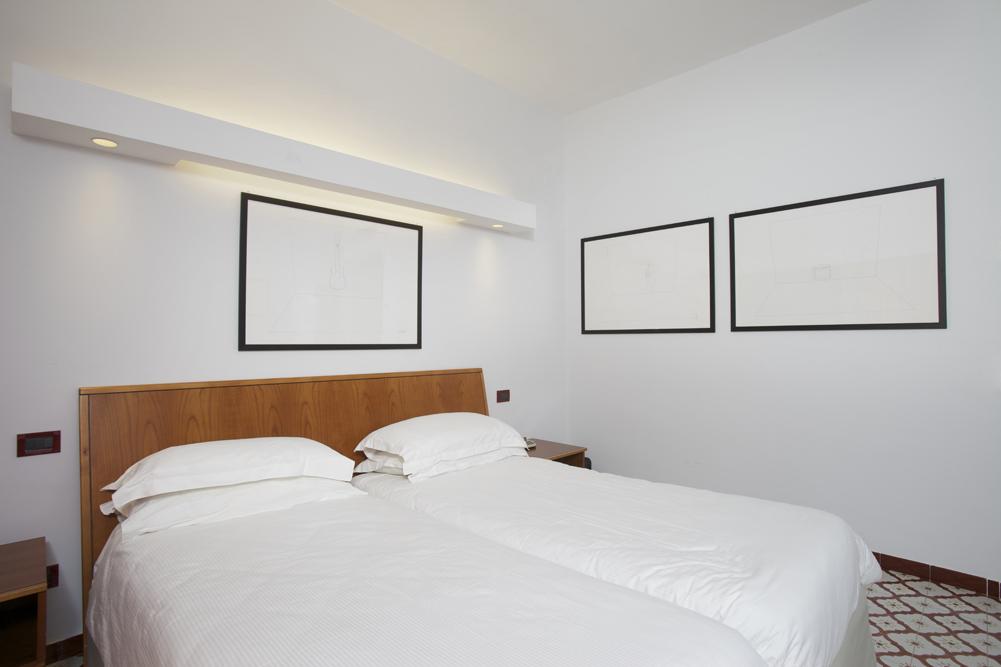Art_Hotel_Gran_Paradiso_2012_406_Liliana_Moro_2.jpg
