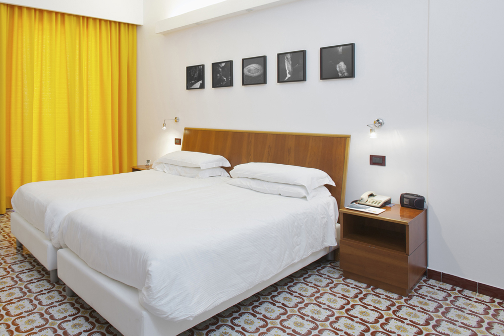 Art_Hotel_Gran_Paradiso_2012_101_Antonio_Biasucci_1.jpg