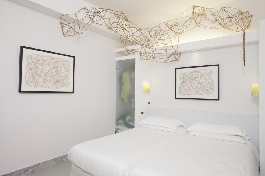 Art_Hotel_Gran_Paradiso_2012_103_Myriam_La_Plante_2.jpg
