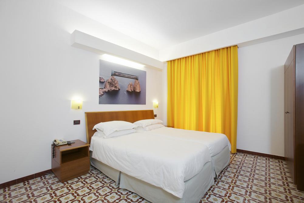 Art_Hotel_Gran_Paradiso_2012_108_Antonio_De_Filippis_1.jpg