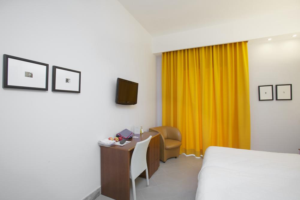 Art_Hotel_Gran_Paradiso_2012_109_Luca_Massimo_Barbero_4.jpg