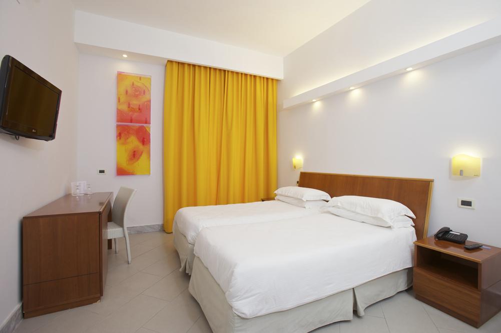Art_Hotel_Gran_Paradiso_2012_114_Francesco_Candeloro_1.jpg