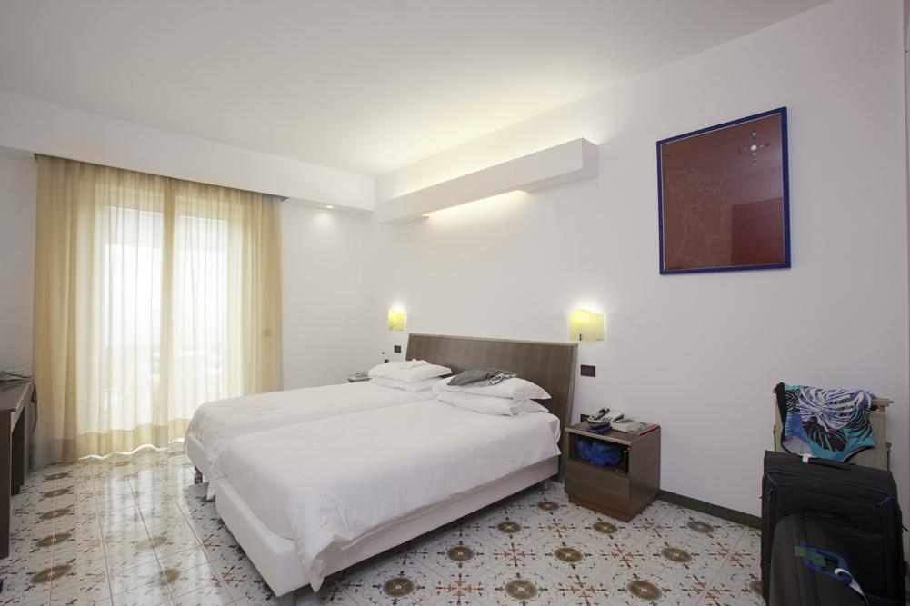 Art_Hotel_Gran_Paradiso_2012_209_Maurizio_Elettrico_2.jpg