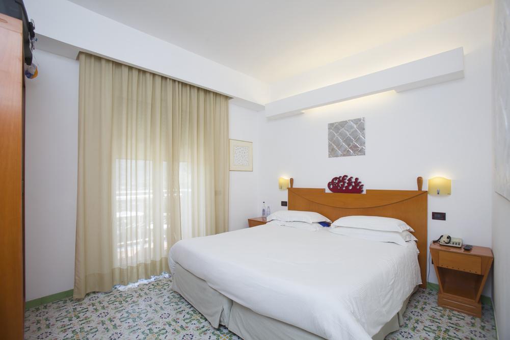 Art_Hotel_Gran_Paradiso_2012_216_Baldo_Diodato_1.jpg