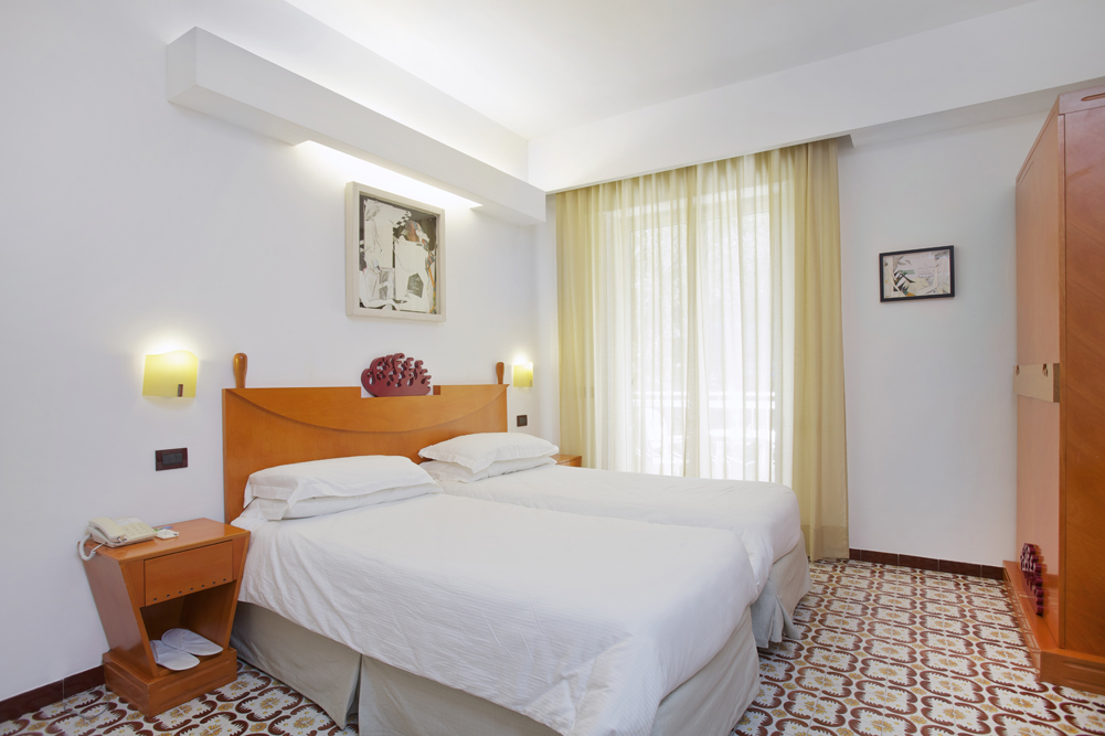 Art_Hotel_Gran_Paradiso_2012_219_Vincenzo_Rusciano_1.jpg