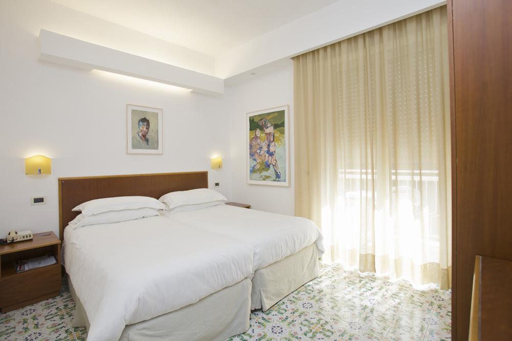 Art_Hotel_Gran_Paradiso_2012_227_Andrea_Barzaghi_2.jpg