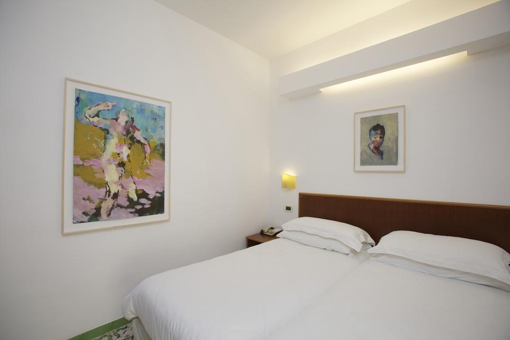 Art_Hotel_Gran_Paradiso_2012_227_Andrea_Barzaghi_4.jpg