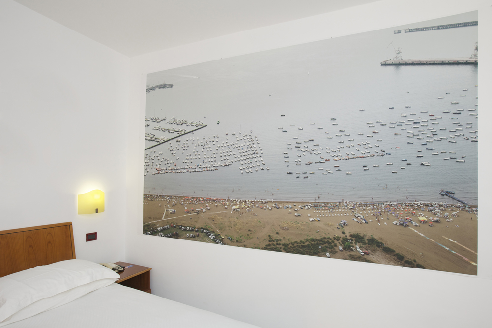 Art_Hotel_Gran_Paradiso_2012_302_Vincenzo_Castella_2.jpg