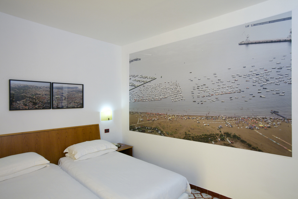 Art_Hotel_Gran_Paradiso_2012_302_Vincenzo_Castella_3.jpg