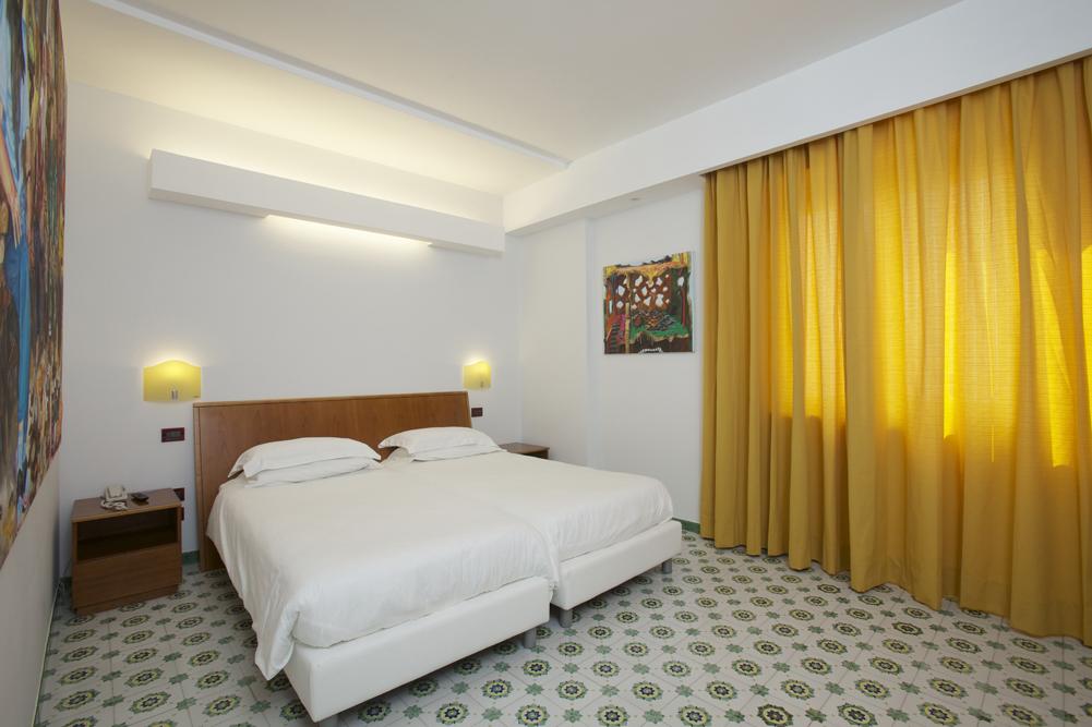 Art_Hotel_Gran_Paradiso_2012_303_Willem_Weissmann_1.jpg