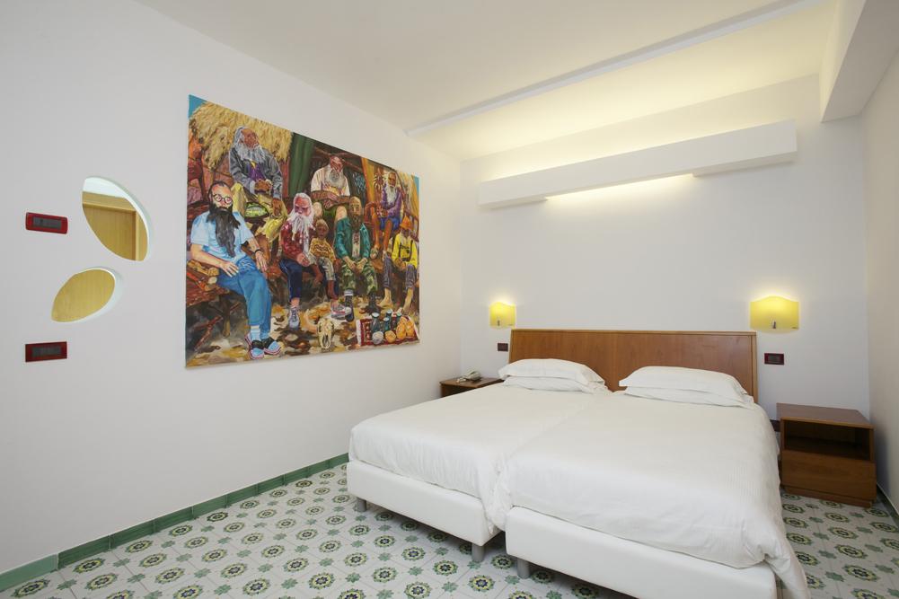 Art_Hotel_Gran_Paradiso_2012_303_Willem_Weissmann_2.jpg