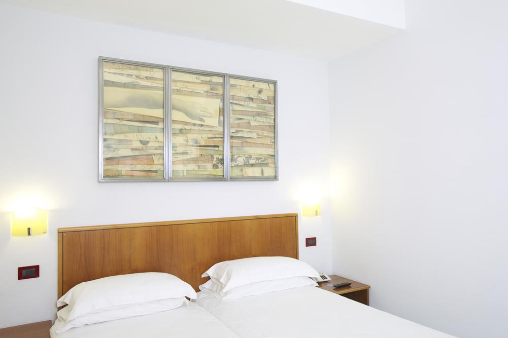 Art_Hotel_Gran_Paradiso_2012_310_Umberto_Manzo_2.jpg
