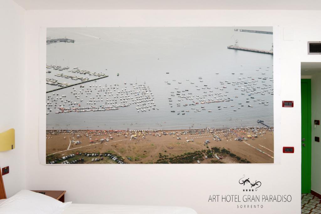 Art_Hotel_Gran_Paradiso_2013_302_Vincenzo_Castella_1.jpg