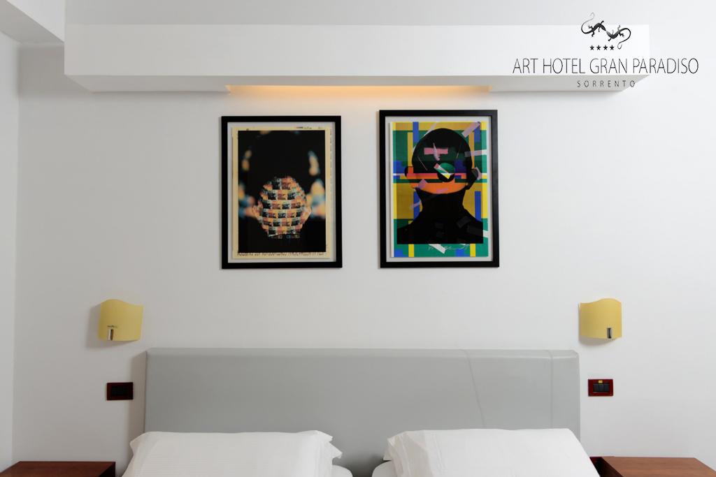 Art_Hotel_Gran_Paradiso_2013_304_Shozo_Shimamoto_4.jpg