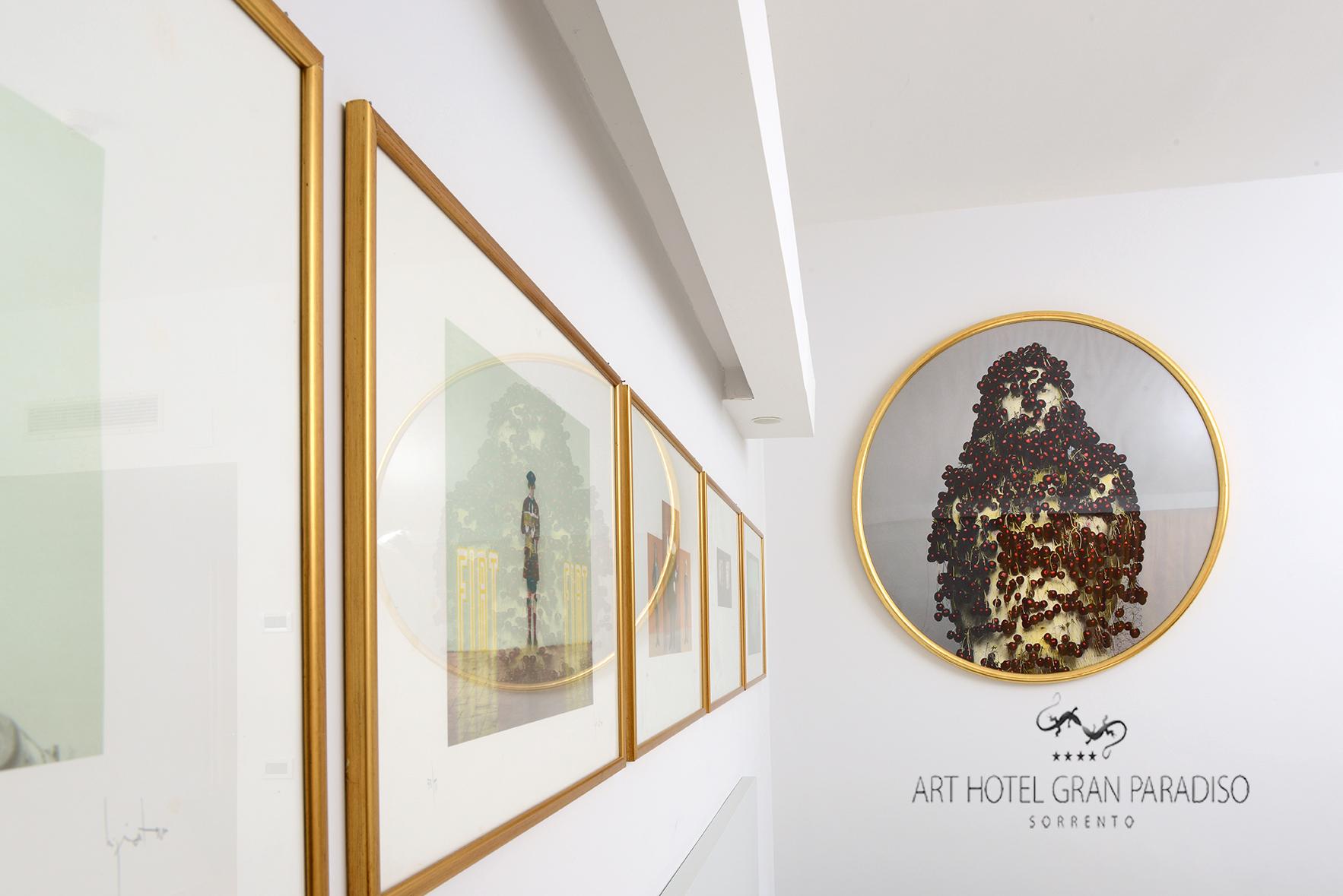 Art_Hotel_Gran_Paradiso_2013_411_Luigi_Ontani_3.jpg