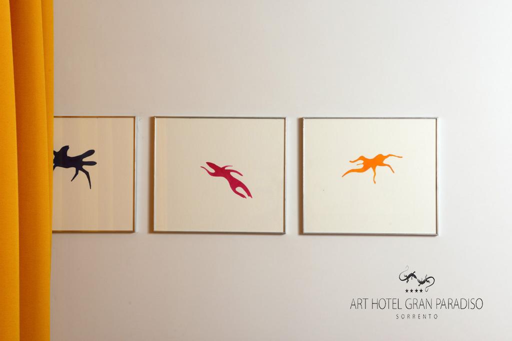 Art_Hotel_Gran_Paradiso_2013_102_Luigi_Mainolfi_3.jpg