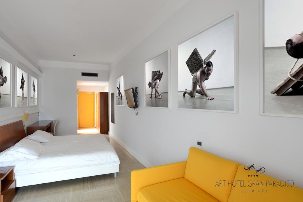 Art_Hotel_Gran_Paradiso_2013_123_Adrian_Paci_3.jpg